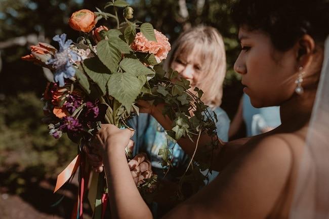 177-Eliot-Lupita-Wedding_Lume-Photography-elopement-destination-michigan-harbor-elope-usa-beach-summer-outdoor-intimate-ceremony