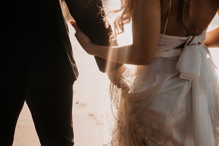 jaci29-berkopec-elopement-wedding-photographer-epic-sunset-golden-hour-oregon-manzanita-beach-sand-sea-coast-washington-pnw-maine-new-jersey-york