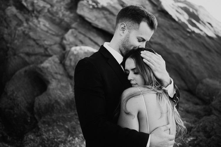 jaci30-berkopec-elopement-wedding-photographer-epic-sunset-golden-hour-oregon-manzanita-beach-sand-sea-coast-washington-pnw-maine-new-jersey-york