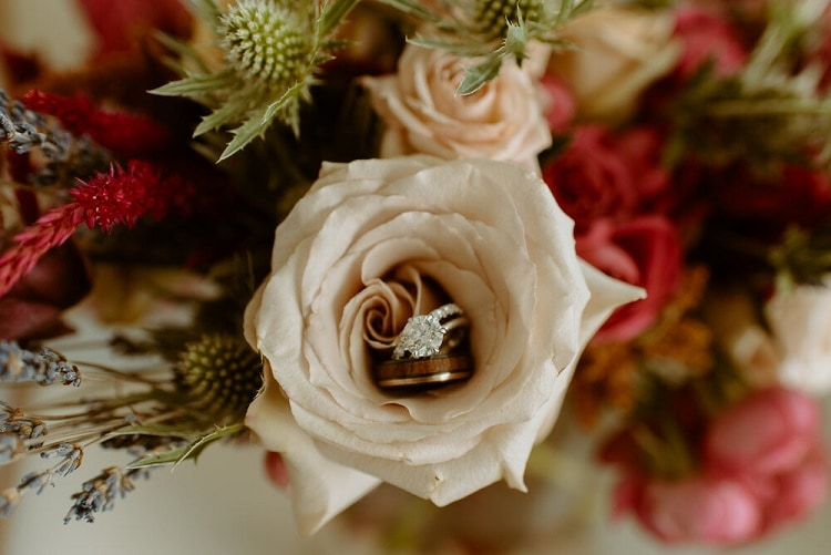 nicole2-jamie-carrie-rogers-photography-malibu-intimate-beach-elopement-california-destination-wedding-outdoor-coast-flowers