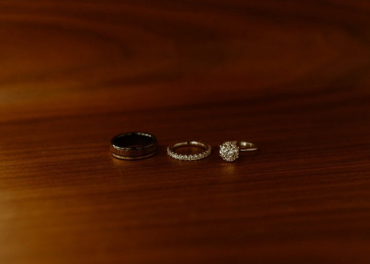 nicole3-jamie-carrie-rogers-photography-malibu-intimate-beach-elopement-california-destination-wedding-outdoor-coast-ceremony-rings