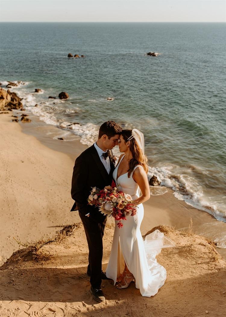 nicole62-jamie-carrie-rogers-photography-malibu-intimate-beach-elopement-california-destination-wedding-outdoor-coast-ceremony