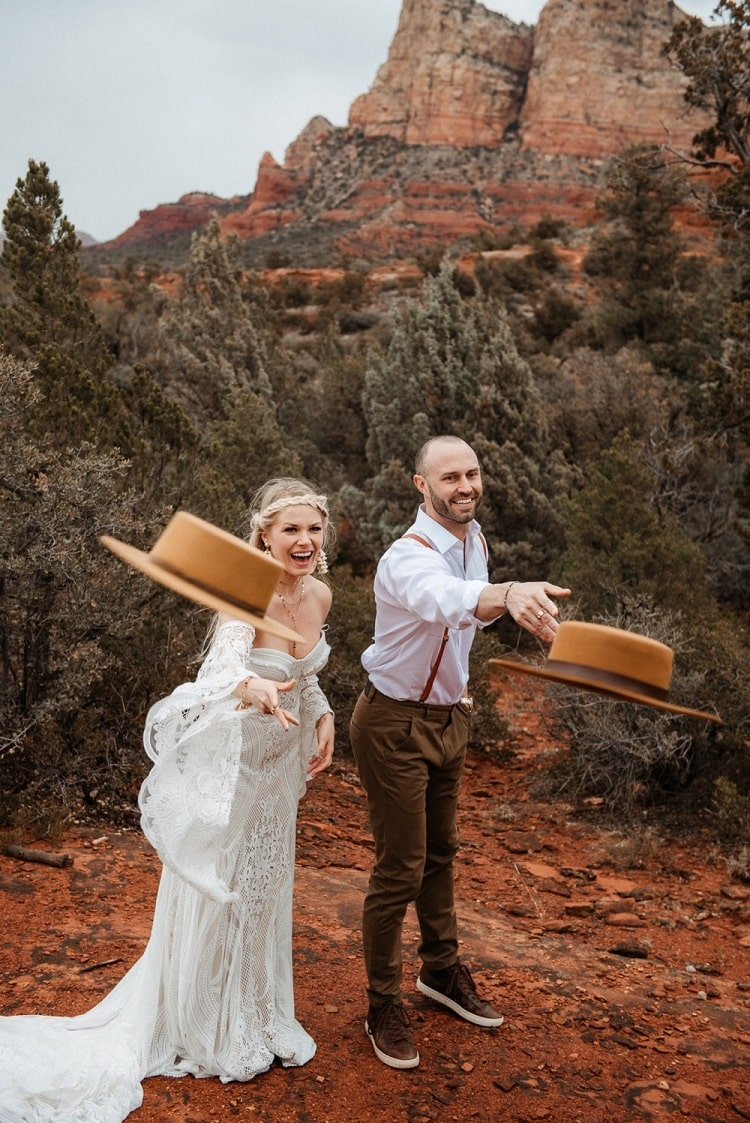 Jaci38-Berkopec-Bohemian-Chic-Vibes-Destination-Elopement-Intimate-Wedding-Photographer-Sedona-Arizona-Adventure