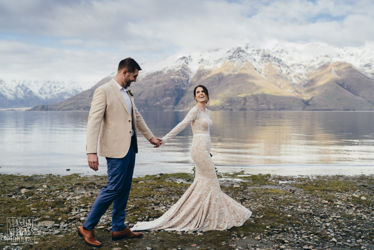 Queenstown lakeside weding photography
