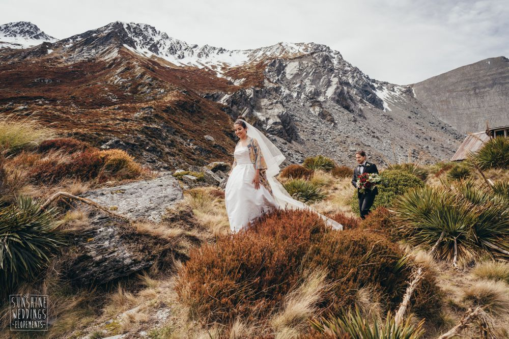 Mountain elopement New Zealand