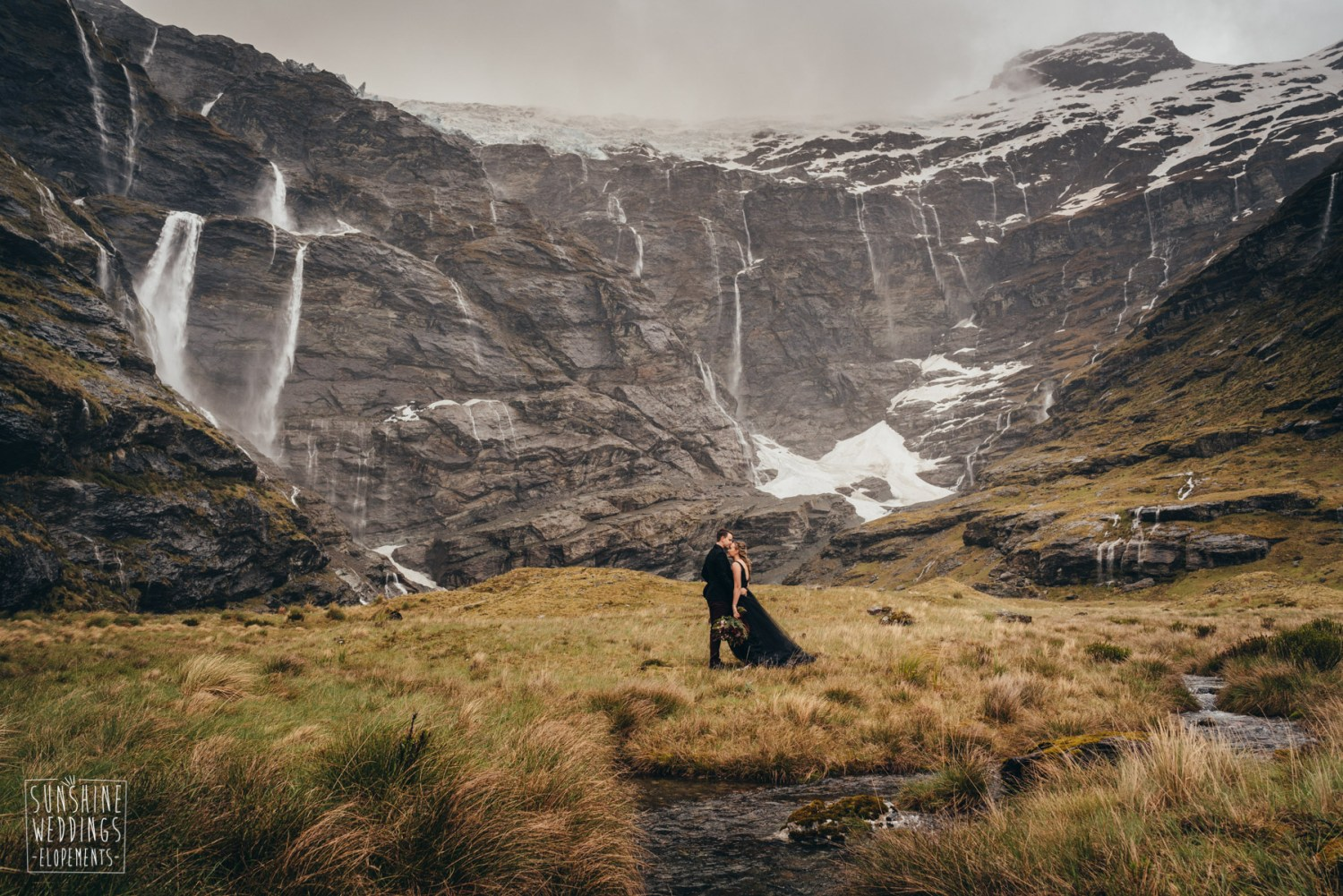 Earnslaw Burn elopement wedding