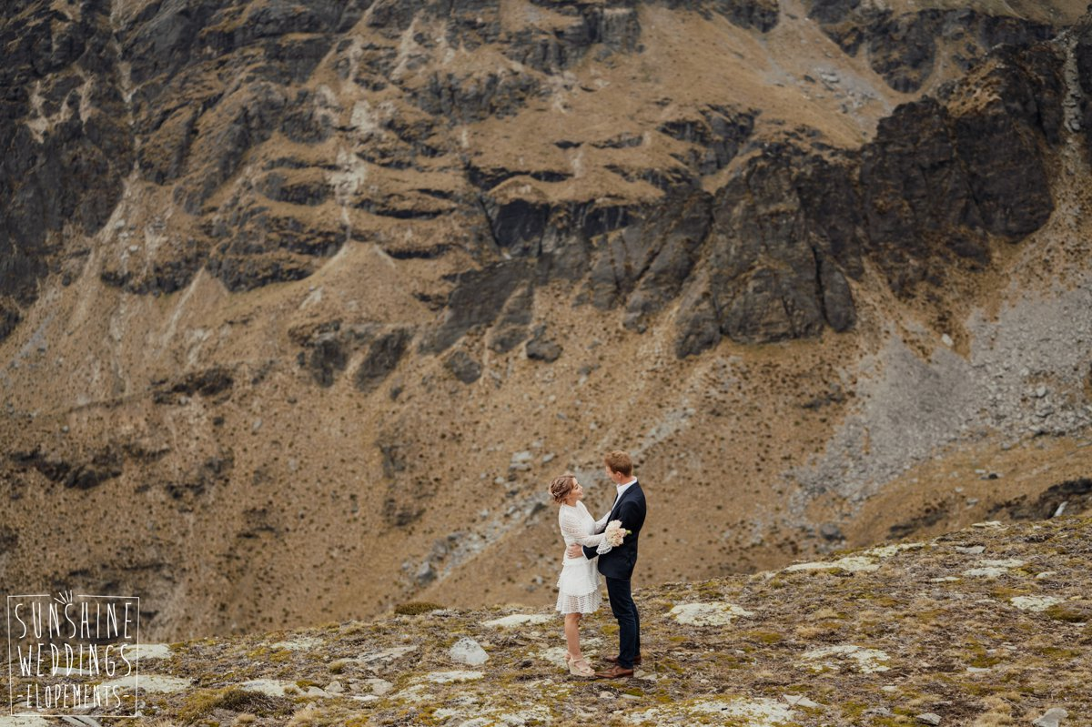 stunning mountain wedding new zealand