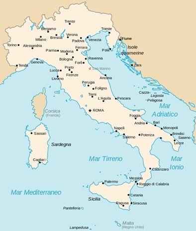 Mapa del Reino de Italia después de haber recibido sus nuevas conquistas territoriales en Carniola e Istria. Además, también recibieron las ciudades de Zara y Fiume que están situadas en el litoral adriático
