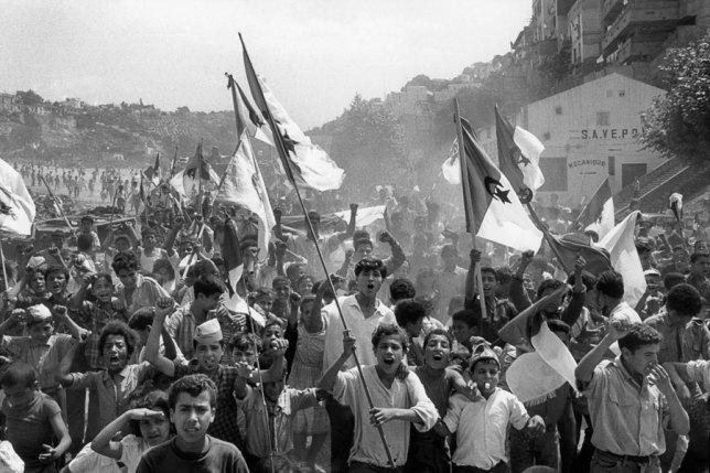 Celebración de la independencia en Argel, 2 de julio del 1962. Marc Riboud