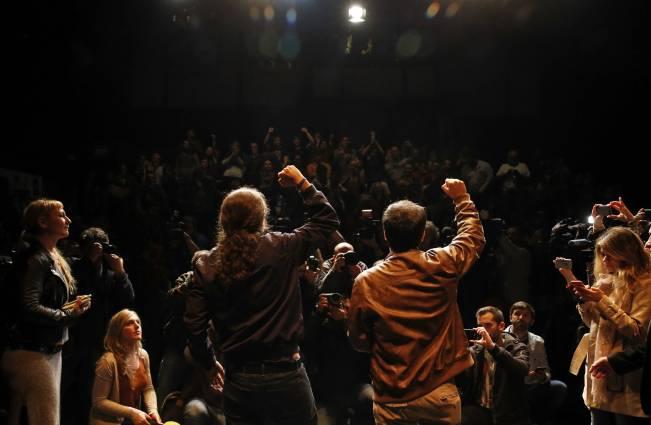 Podemos e Izquierda Unida formalizaron el preacuerdo electoral con el llamado 'Pacto de los Botellines'. Fuente: Huffington Post