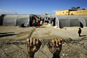 Líbano y Turquía, dos vías de escape del conflicto sirio