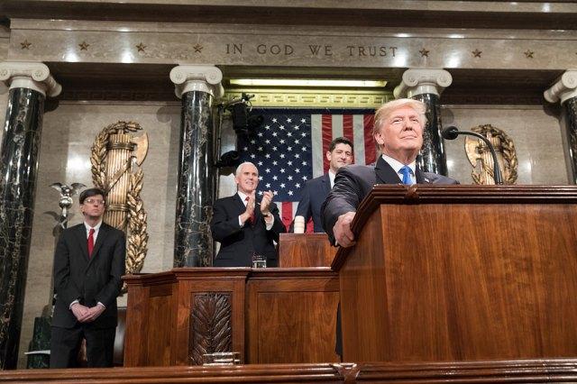 Trump y la sombra del impeachment