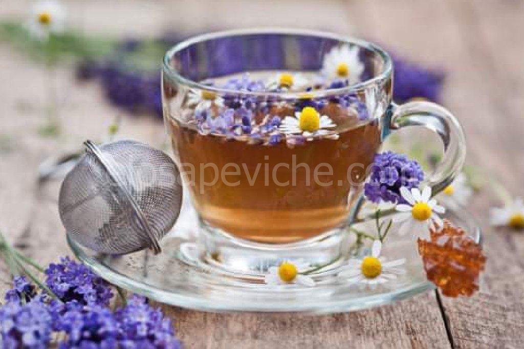 Tè alla lavanda cura l'insonnia e blocca l'emicrania!