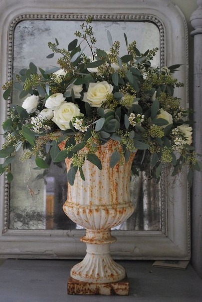 15 Beautiful Rustic Green And White Flower Arrangements 02