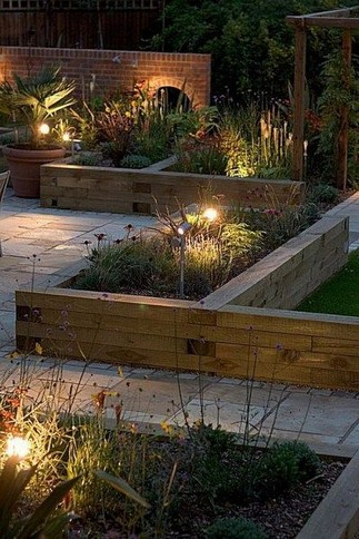 15 DIY Easy Access Raised Garden Bed System 14