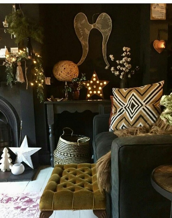 15 New Exotic Dark Boho Room Decor 26