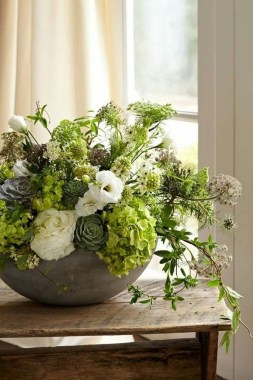 16 Beautiful Rustic Green And White Flower Arrangements 09 1