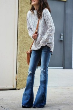 17 Best Ideas To Wear Flared Jeans 10