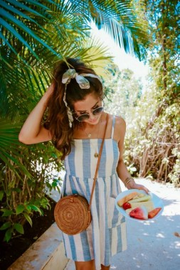18 Graceful Summer Fashion Trends Ideas For Women To Look Cool 13