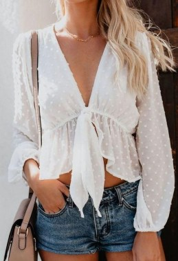 18 Graceful Summer Fashion Trends Ideas For Women To Look Cool 22