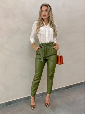 19 Cool Summer Business Outfits Ideas For Women 24