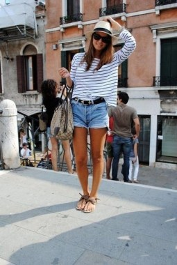 20 Classy Shorts Summer Outfit Ideas For Women 21