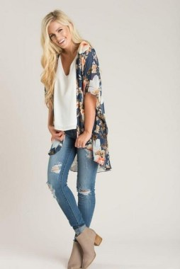 21 Best Ideas To Wear Floral On Spring 20