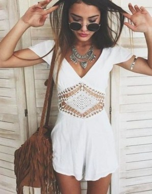 21 Unusual Boho Outfit Ideas For Women Will Love 23