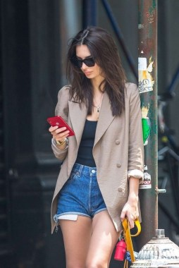 18 Best Street Style Shorts For All Dress Lovers 19 1