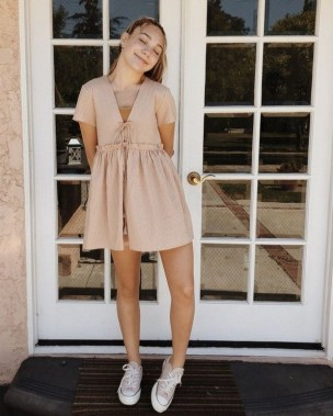 18 Charming Girly Outfit Ideas For Spring 03