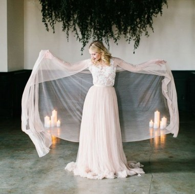 18 Modern Gowns Ideas For A Valentine'S Day Wedding 19