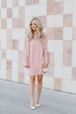 20 Adorable Valentine Day Outfits Ideas For Girls 10