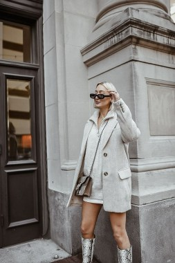 20 Adorable Women Winter Coat Ideas 06