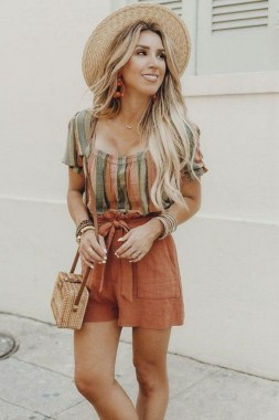 20 Charming Summer Outfit Ideas For Ladies 04