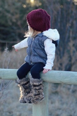 20 Stunning Winter Outfits Ideas For Kids 08