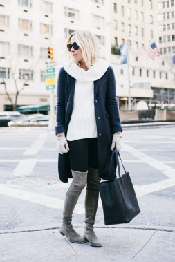 22 Ways To Combine Winter Boots And Sweaters 18