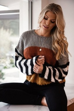 23 Top Crochet Fashion Share Their Go To Winter Styling Tips 02 1