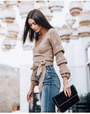 23 Top Crochet Fashion Share Their Go To Winter Styling Tips 15