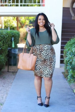 24 Things A Curvy Woman Must Consider When Choosing Outfit For Work 09
