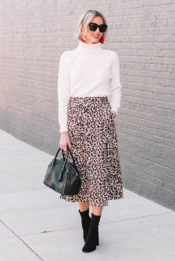 27 How To Look Professional With Warm Winter Outfits 30