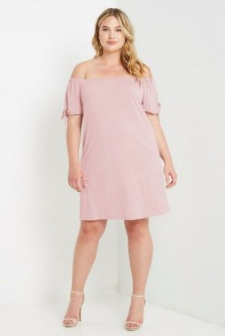 28 Rules To Choose The Best Dresses For Plus Size Women 20