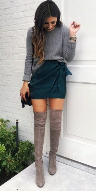 29 This Classy Skirt Is Your Best Choice For Work During Fall 04