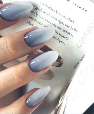 29 Try These Ombre Nails To Look Sophisticated 14