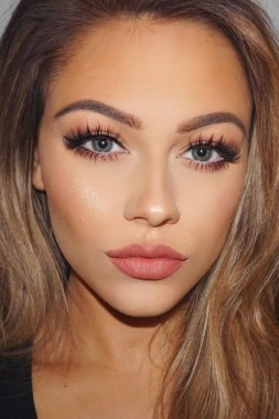 32 Easy Casual Makeup Ideas For Casual Events 21