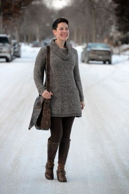 Can Curvy Women Wearing Sweatdress For Winter Here Are 30 Ideas That You Can Copy 34