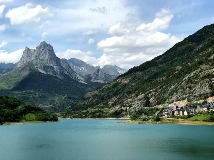 Embalse de Lanuza en Huesca