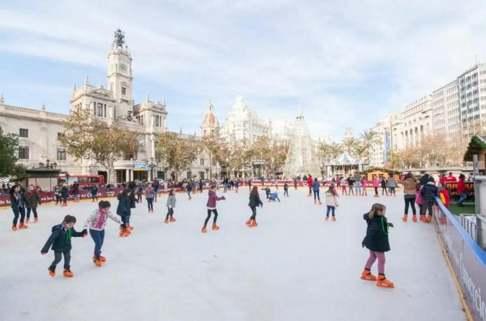 Pista de Hielo de la Plaza del Ayuntamiento de Valencia