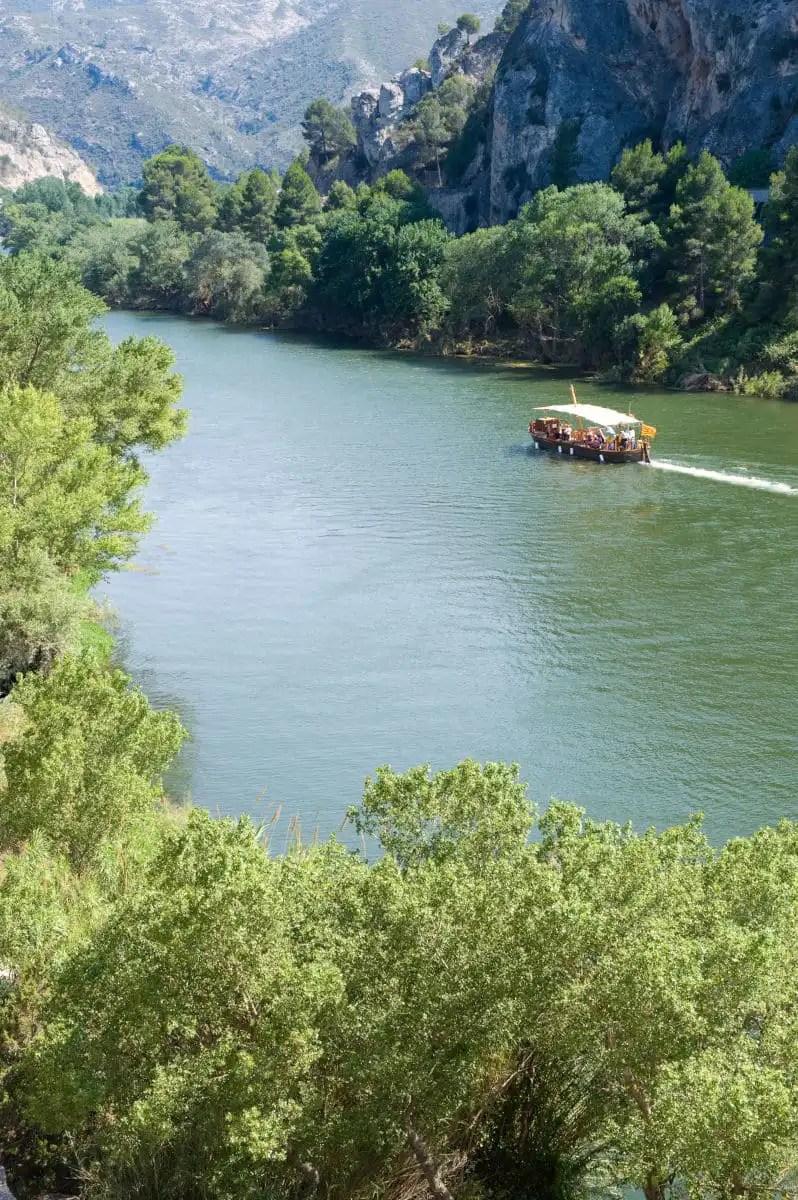 Paseo en barco por el Ebro en Tarragona
