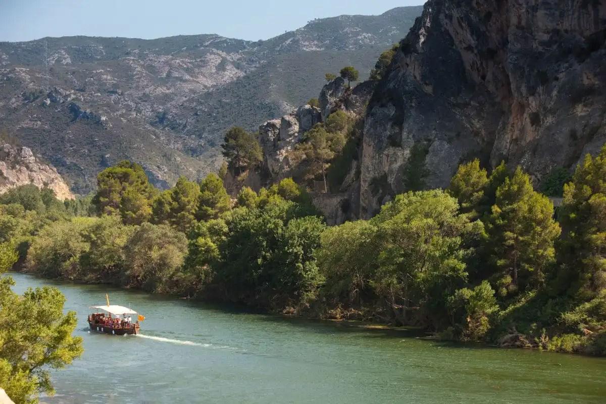 Paseo en barco por el Ebro