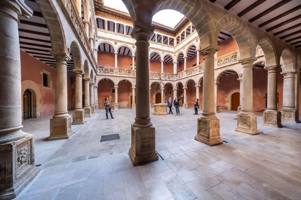 Que ver en Tortosa, claustro de la Catedral